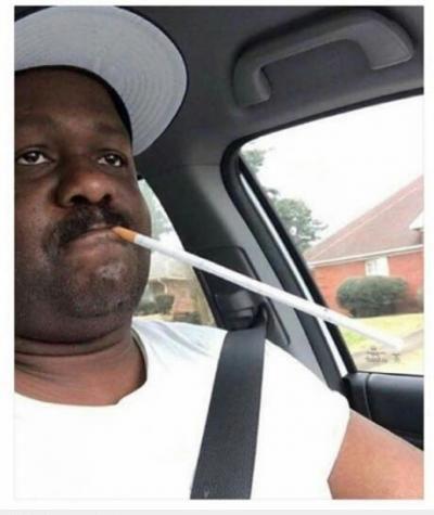 :3  bác sĩ bảo: mỗi ngày chỉ được hút 1 điếu thôi :d  <3 <3
