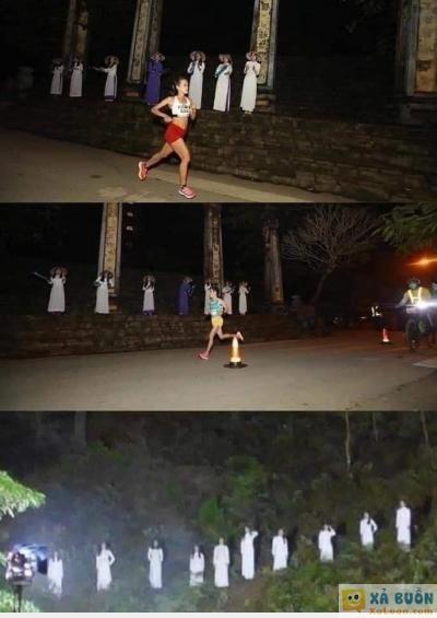<3 <3   các nữ sinh mặc áo dài trắng cổ vũ chạy marathon huế vào rạng sáng nay khiến các vận động viên yếu tim đái không ra 1 giọt :)))  =)) <3